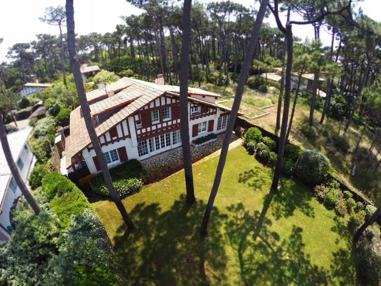 Gorgeous oceanfront 3000 m² estate  - Gorgeous oceanfront 3000 m² estate