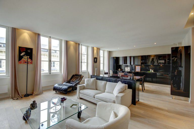FLAT pied-a-terre - FLAT pied-a-terre